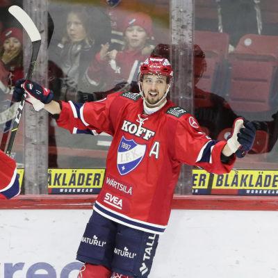Eetu Koivisoinen firar mål.
