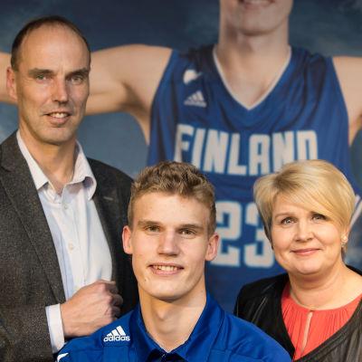 Pekka Markkanen, Lauri Markkanen och Riikka Markkanen.