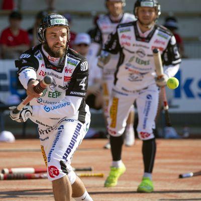 Ville Hotakainen kuvassa.