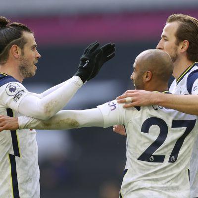 Gareth Bale (vas.), Lucas Moura ja Harry Kane  tottenham
