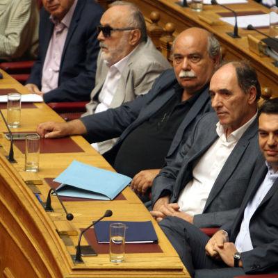 Greklands parlament har godkänt villkoren för det tredje internationella stödpaketet.