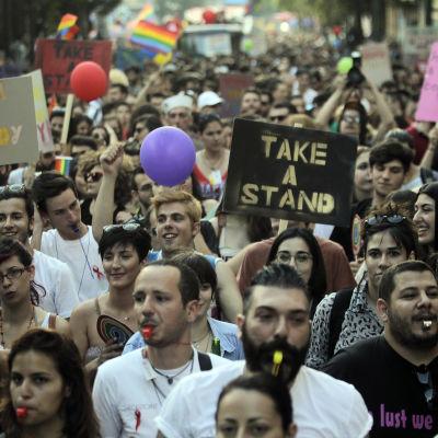 Hbtq-aktivister  i Grekland har länge kämpat för att kunna registrera partnerskap