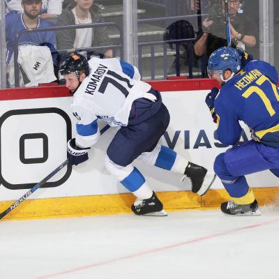 Komarov och Hedman i hetluften i Helsingfors.