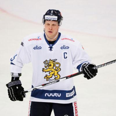 Lasse Kukkonen i landslagströjan