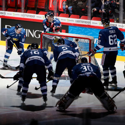 Det har varit en mörk landslaghöst för finländsk ishockey.