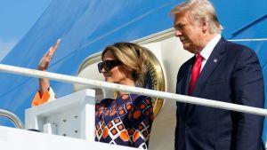 Donald Trump och Melania Trump anländer till Palm Beach Florida för att fortsätta till sitt residens i Mar-a-Lago