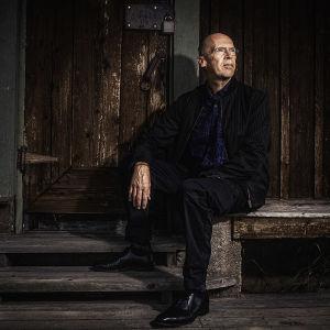 Författaren Robert Åsbacka