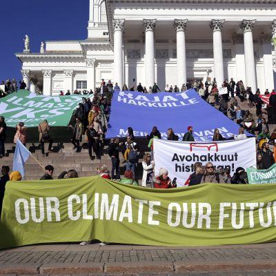 Klimatdemonstration 6.4.2019 i Helsingfors.