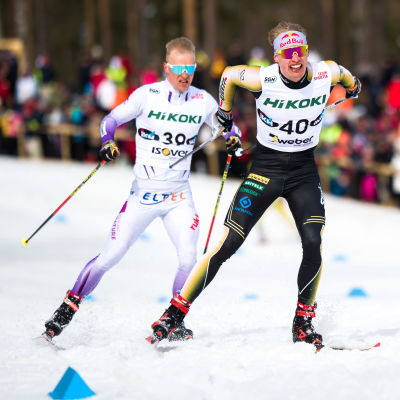 Iivo Niskanen och Juho Mikkonen i farten.
