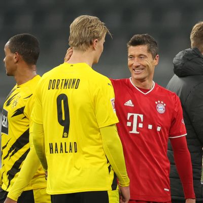 Dortmundin Erling Haaland ja Bayernin Robert Lewandowski