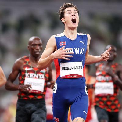 Jakob Ingebrigtsen juhlii 1500 metrin olympiavoittoa