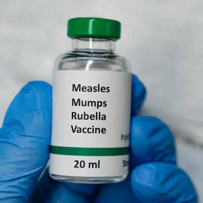 Alla ovaccinerade i öriket Samoa med 200 000 invånare skall vaccineras med MPR-vaccin, ett kombinationsvaccin för mässling, påssjuka och röda hund.