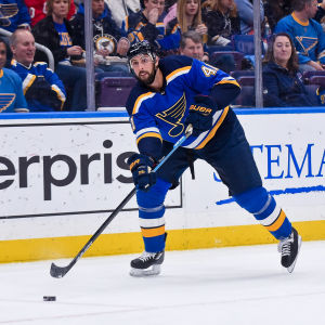 Robert Bortuzzo är back i St. Louis Blues i NHL.