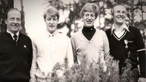 Gruppbild på Akilles OS-cyklister från Moskva 1980 Ole, Sixten och Patrick Wackström och Harry Hannus