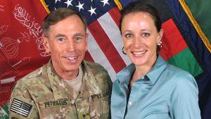 David Petraeus och Paula Broadwell 2011.
