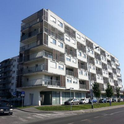Den byggnad i Zabgreb där Migrit Energijas kontor finns i gatuplan.