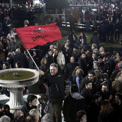 Syrizaanhängare firar valsegern i Aten 25.1.2015