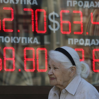 Valutakursen i Ryssland den 4 augusti 2015.