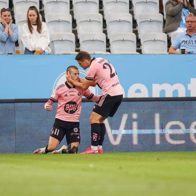 Maaliruisku Roope Riski käytti ainoan paikkansa Malmö FF:ää vastaan 21. heinäkuuta.