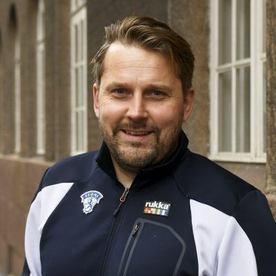 Alle 20-vuotiaiden maajoukkueen päävalmentaja Antti Pennanen.