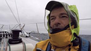 Tapio Lehtinen under jorden runt-seglingen.