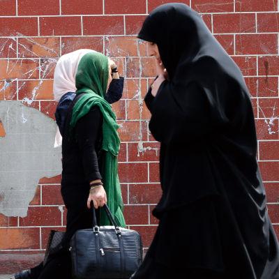 Kvinnor i Teheran, Iran.