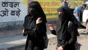 Muslimska kvinnor i Bhopal i Indien.