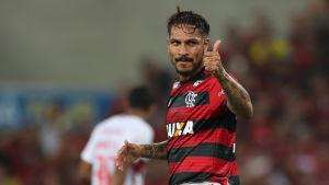 Paolo Guerrero i farten för sitt Flamengo.