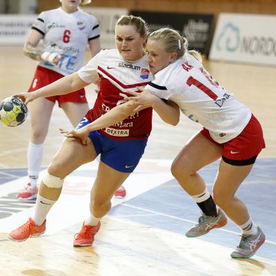 Anna Lindahl mot Kathlen Ax..