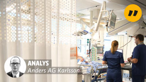 Bild från akutmottagningen vid Åbu universitetssjukhus i bakgrunden och en bild på redaktör AG Karlsson och ordet Analys i förgrunden.
