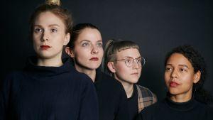 Arrangörerna för F/Symposium Olga Palo, Anna Paavilainen, Maria Junno och Sonya Lindfors.