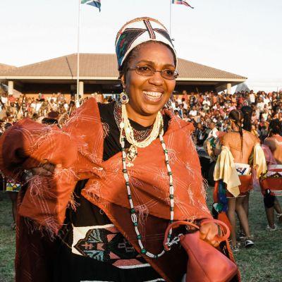 Kuningatar Mantfombi Dlamini.