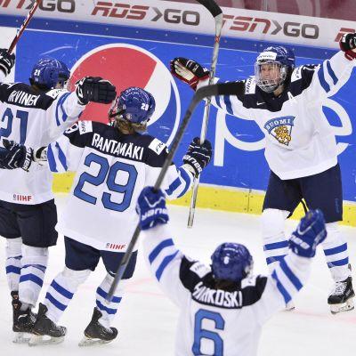 Finlands första kedja Karvinen-Rantamäki-Välilä hade en lyckad bronsmatch i Malmö.