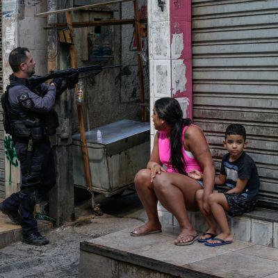 Poliisin operaatio Rio de Janeirossa.