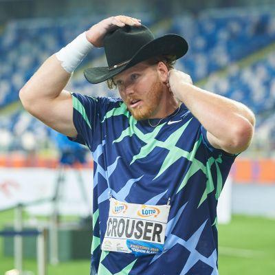 Kuulantyöntäjä Ryan Crouser tunnetaan paitsi pitkistä työnnöistään ja cowboy-hatuistaan.