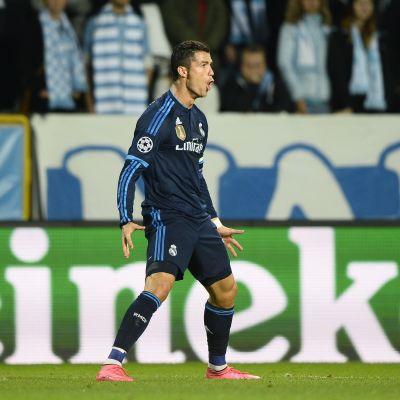Cristiano Ronaldo ja juhlamaali numero 500