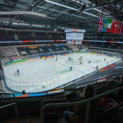 Jääkiekon MM-kisat Latviassa 2021. Tyhjä katsomo.