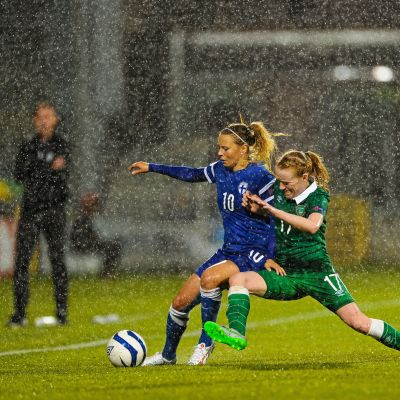 Emmi Alanen och Meabh De Burca, Irland-Finland, 21.9.2015.