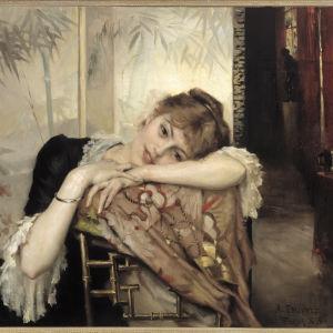 Albert Edelfeltin maalaus Virginie, jossa kaunis nuori nainen nojaa tuolin selkään ja hymyilee arvoituksellisesti