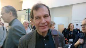 Music critic Hannu-Ilari Lampila writes for Helsingin Sanomat
