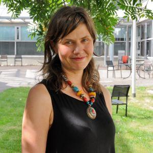 Kuvassa verkkotuottaja Terhi Upola.