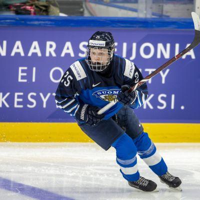 Viivi Vainikka #25, FIN
