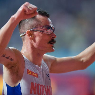 Henrik Ingebrigtsen tuulettaa Dohan MM-kisoissa