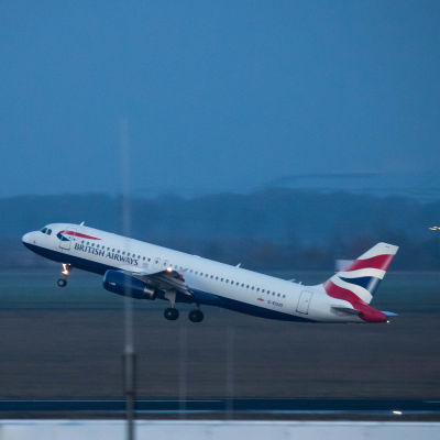 British Airways-plan lyfter från Berlin 2019.