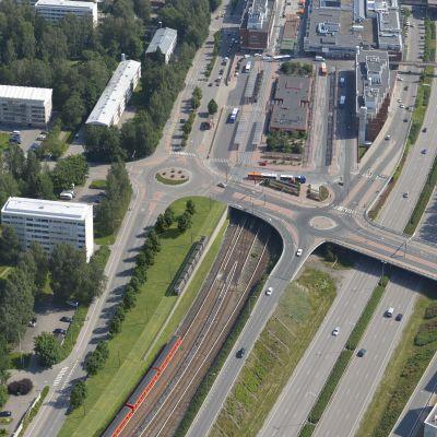 Havainnekuva Raide-Jokerista Itäkeskuksessa.