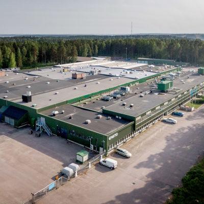 En industribyggnad.