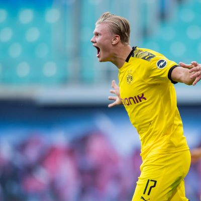 Erling Haaland, Borussia Dortmund juhlii maalia