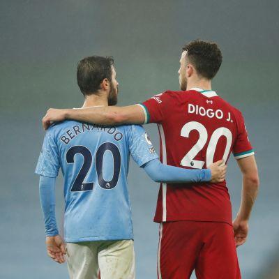 Cityn Bernando Silva ja Liverpoolin Diogo Jota ottivat tasapelin vastaan tyytvväisinä.