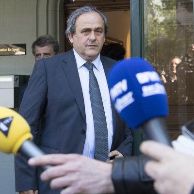 Michel Platini misstänks för korruption.