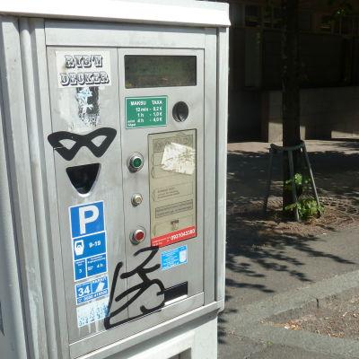En parkeringsautomat.